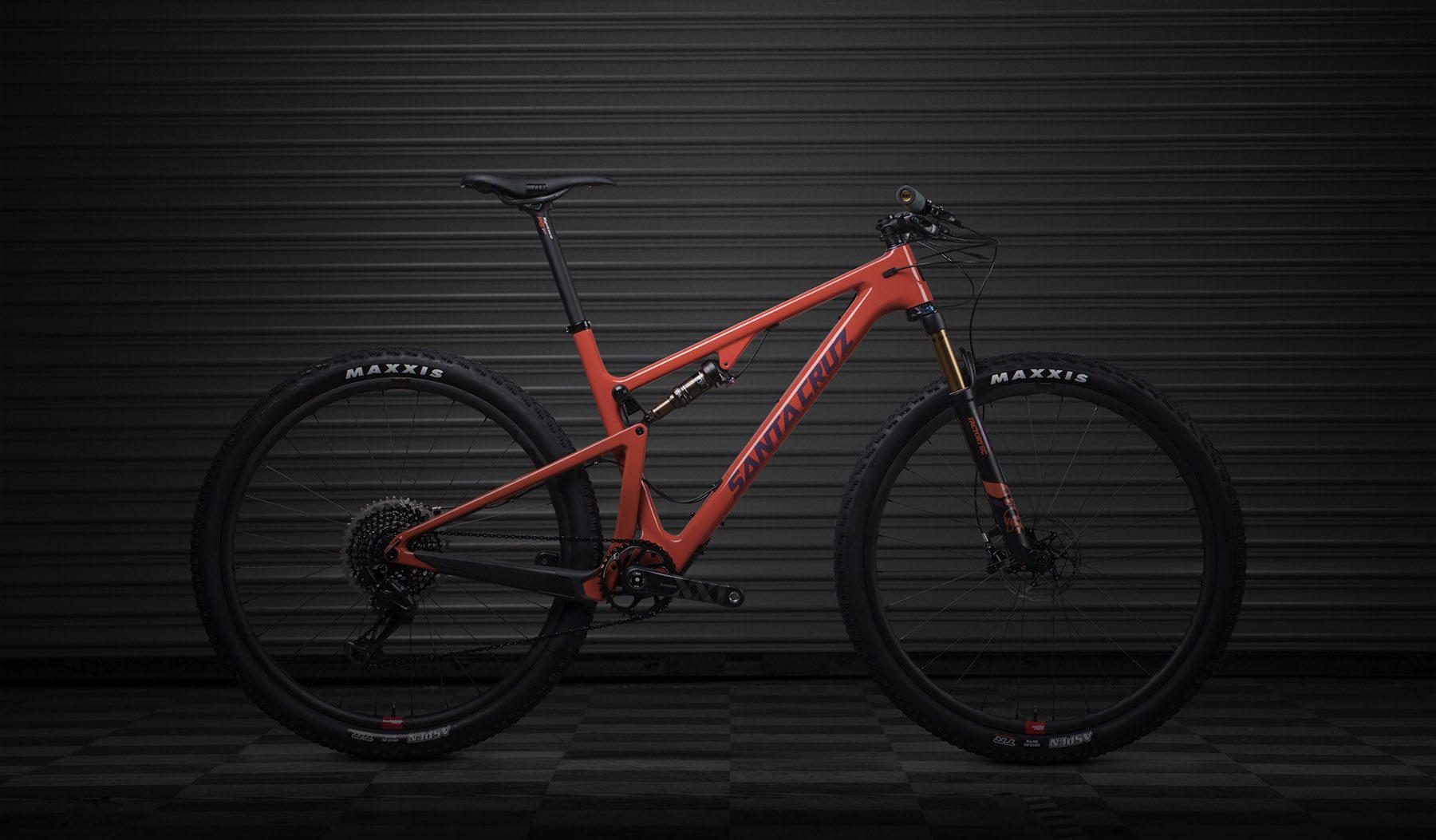 Santa Cruz Blur: Ein trendiges Mountainbike für höchste Ansprüche