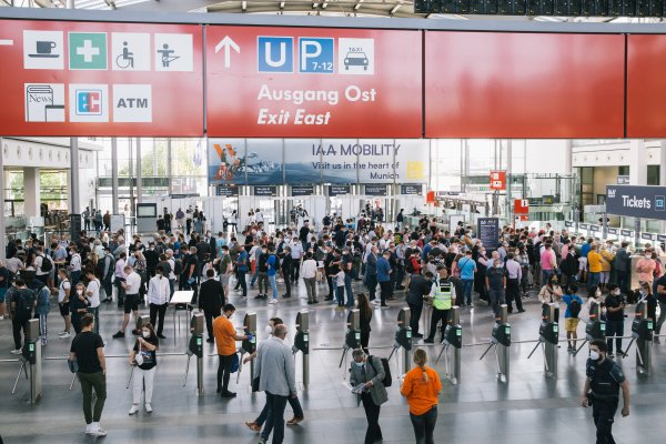 During IAA Mobility 2021, up to 50,000 visitors were admitted to the exhibition grounds at the same time.