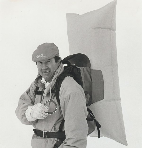 Peter Aschauer with the Monobag, around 1989.