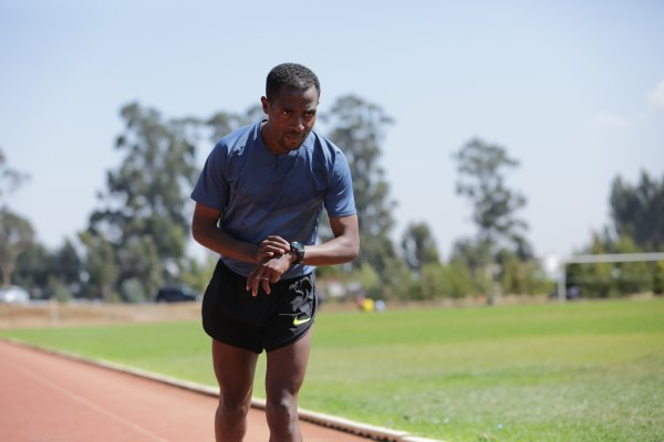 zum Wearables Mit Weltrekord Marathon neuen 51TuK3lFJc