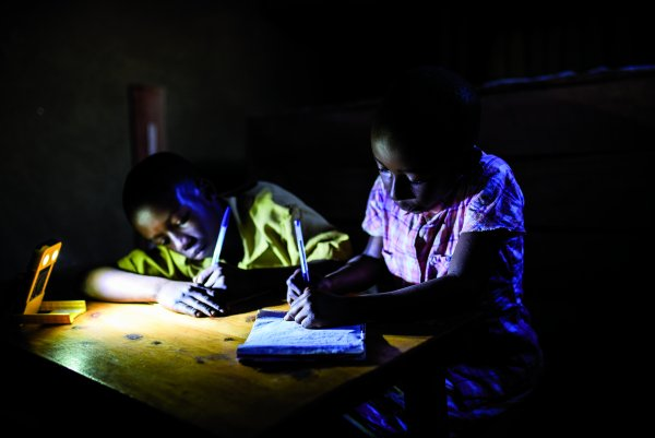 WakaWaka wants to support one person without access to electricity for every solar lamp sold