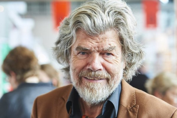 "Reinhold Messner made his third film ""Mount Everest - The Last Step""."