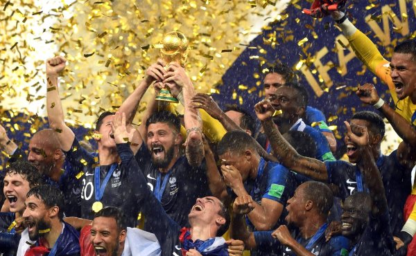 Nike profits from the new World Champion France.