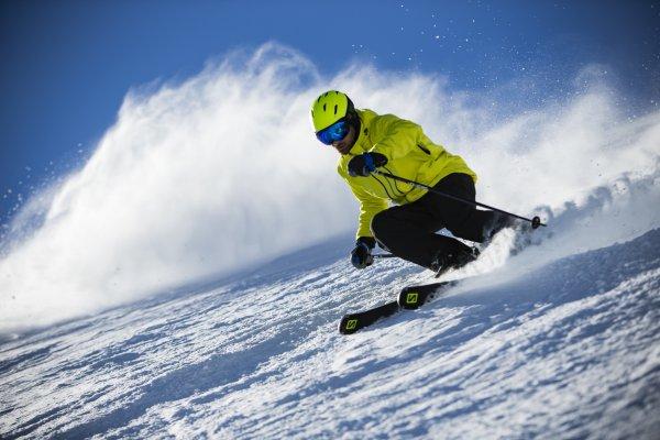 "488be5e9be29 Sensation of Skiing Like a Pro  New Salomon Skis Offer ""Brute Edge Grip"""