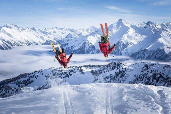 K2 Skis trumpft mit seiner neuen Freeride-Linie Mindbender auf.