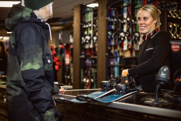 Happy staff, happy customers: SkiClicker™ products accelerate and simplify the processes in ski rental.