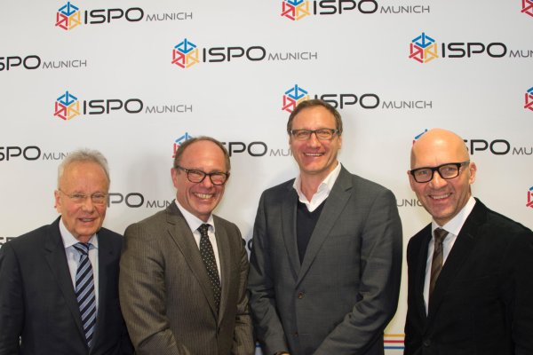 Pictured (left to right): Werner Hauzmann (VDS), Frank A. Dassler (WFSGI), Kai Tutschke (Garmin) and Klaus Dittrich (Messe München GmbH).