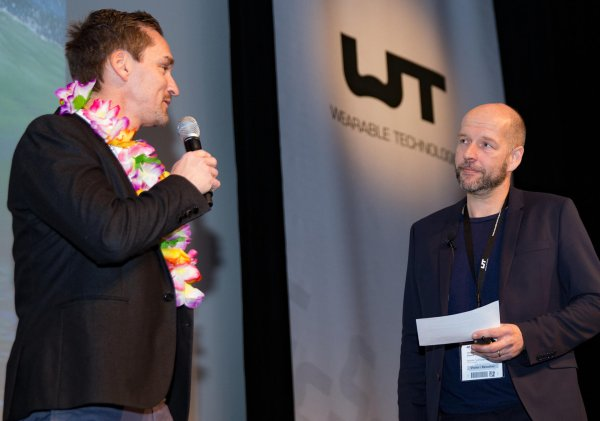 Markus Hefter (Exhibition Group Director ISPO, links) und Christian Stammel (CEO von Wearable Technologies, rechts).