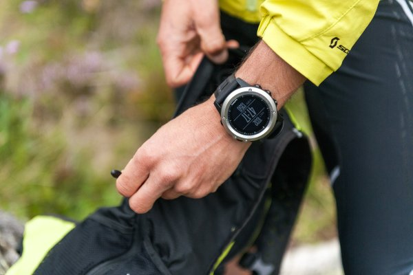 The industry's next goal: Smartwatches must be even better equipped for sports and outdoor activities. Enter the Garmin fenix 3.