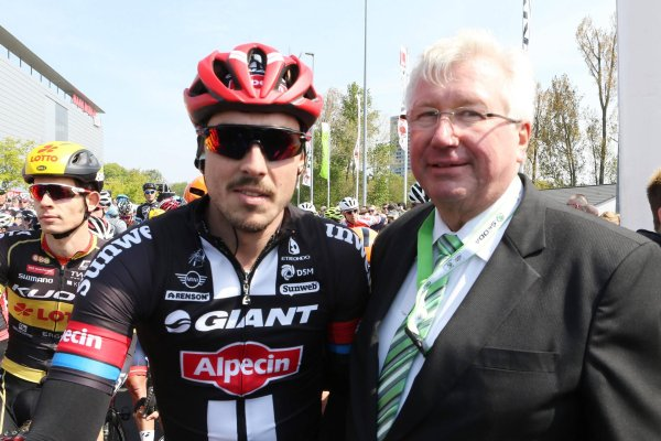 John Degenkolb (left) will be outfitted with sportswear by Stanno in the future.
