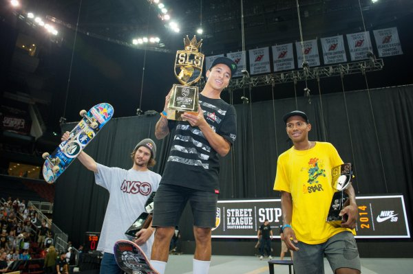 Nyjah Huston wins the final round of the SLS Super Crown