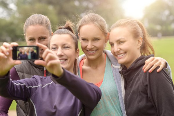 Many people use selfies to present themselves in social networks.