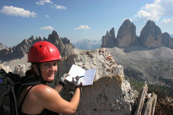 Klettersteig Dolomiten : Klettersteige das sind die besten frühlings touren für profis in