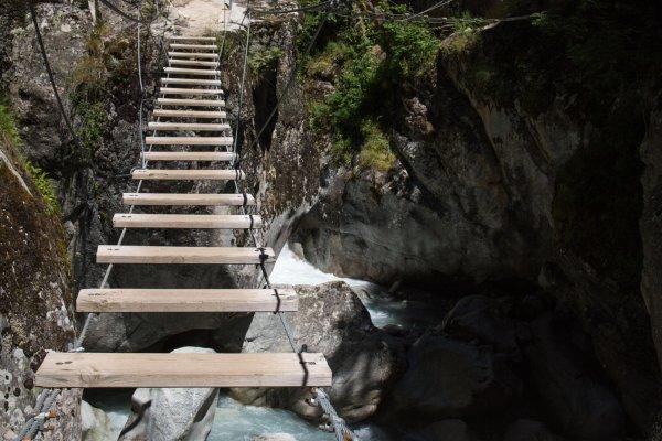 Klettersteig Vorarlberg : Klettersteige das sind die besten frühlings touren für profis in