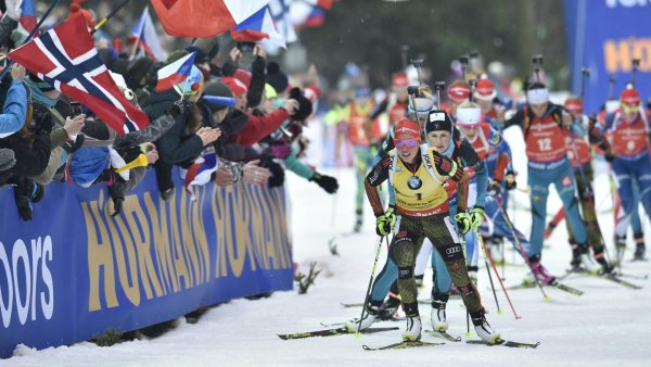 In the race for victory and money: Germany's top biathlete Laura Dahlmeier leading the competition.