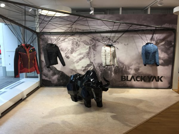 BLACKYAK is aiming high: it distinctive product constructions are definite eye-catchers.