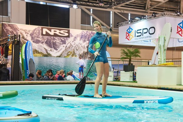 Stand up paddling in ISPO MUNICH's Watersports Village