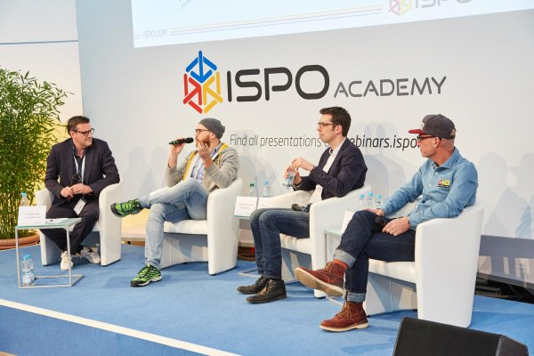 ISPO ACADEMY moderation by Pit Gottschalk (Funke Mediengruppe) with Sebastian Canaves (off-the-path.com), Dirk von Gehlen (Süddeutsche Zeitung), and Lee Jakobs (Marker, Dalbello, Völkl) (from left to right).