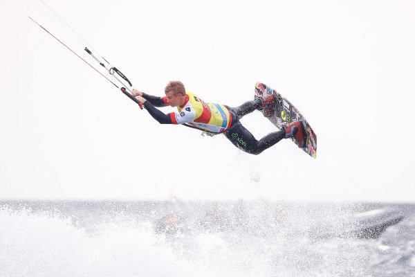 At the Kitesurfing World Cup in Fehmarn, Mercedes-Benz will appear as the title sponsor for the first time.