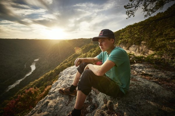 Alex Megos in New River Gorge National River in the United States.