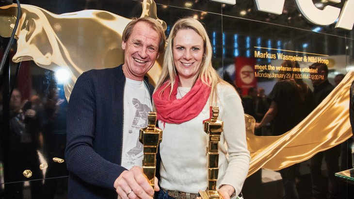 "Awarded the ""Proud People Award 2018"": Nicole Hosp and Markus Wasmeier celebrate their long-standing partnership with Uvex."