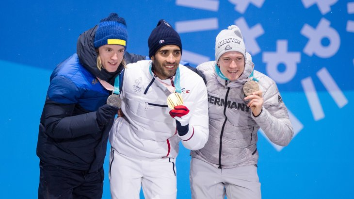 In the pursuit Martin Fourcade (France) was the front runner. A German sneaked onto the podium: Benedikt Doll is third behind the Swedish biathlete Sebastian Samuelsson