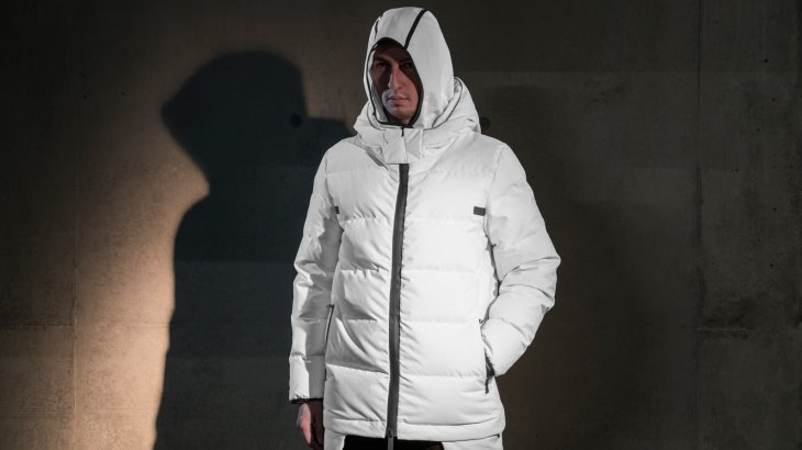 Templa brought a hybrid jacket on the market that makes a good show in the city and the mountains.