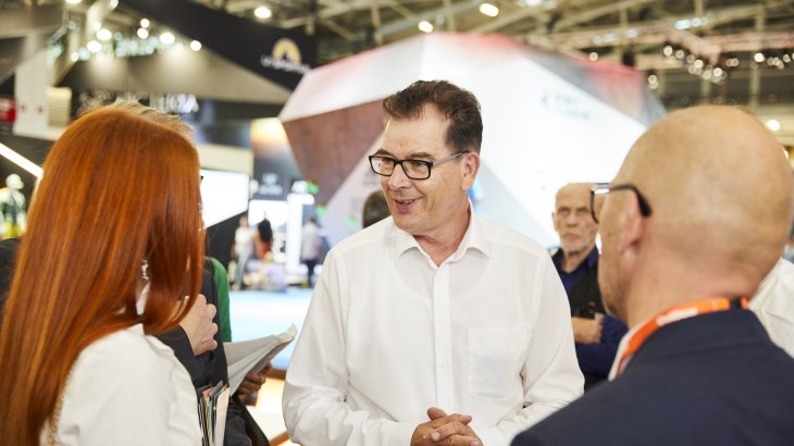 At the first OutDoor by ISPO 2019, Dr. Gerd Müller announced the introduction of the first state sustainability label.
