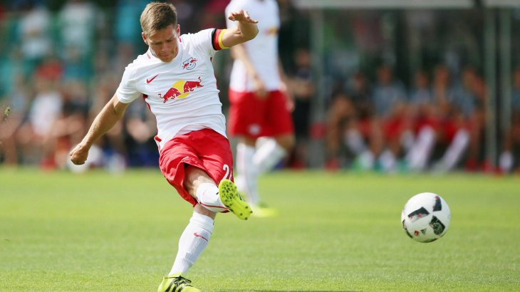 Red Bull is present on the RB Leipzig jersey: sponsorship and logo are nearly identical. Value of the jersey sponsorship: around 7 million euros.