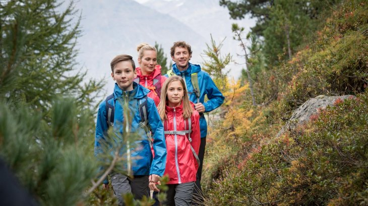Family and especially children offer great potential as target groups to the outdoor-industry.