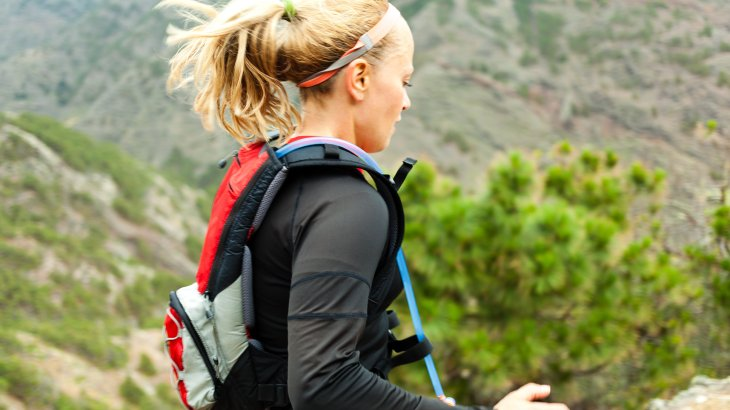 Trail runners are often on the move for hours and have to overcome huge differences in height. Drinking bags, drinking vests or drinking bubbles are practical companions.