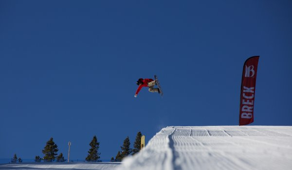 "In Breckenridge, Colorado, you'll meet the best snowboarders and freeskiers in the world who practice their tricks for contests in perfectly shaped parks. But even beginners will find the best conditions in the snowparks in ""Breck"", because they can start small."