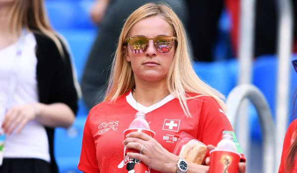 5th Lara Gut, 397,300 Instagram followers: After a long injury break, Lara Gut returned in 2017/18 and was therefore not yet able to follow up on her most successful times. After all, she managed a World Cup victory last season. In the summer of 2018, Gut married Valon Behrami, the Swiss national soccer player.