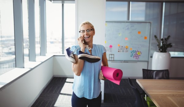 Trend 4, operational fitness: Many companies help their employees and install training equipment themselves on the company premises. Or the employees save costs with their membership in the studio.