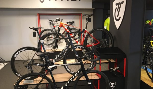 Titici lets customers decide for themselves what the bike looks like.