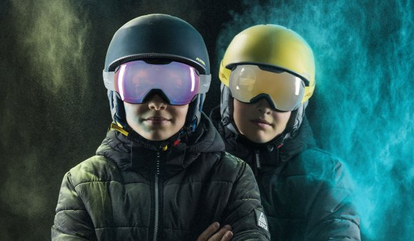 Alpina offers a new ski helmet for freeriding kids, too: the Maroi Junior has all the features of the adult model.