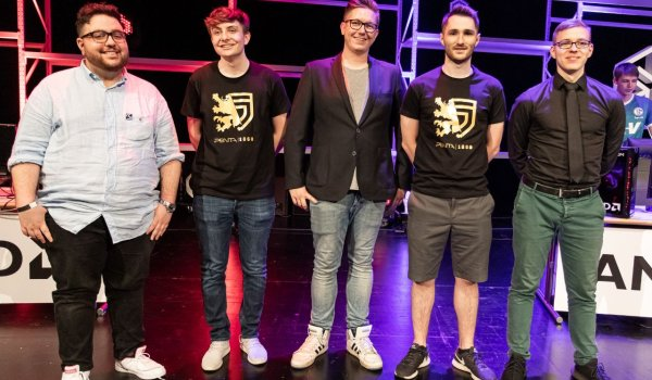 The Casters and Trainers of SK Gaming Prime and S04