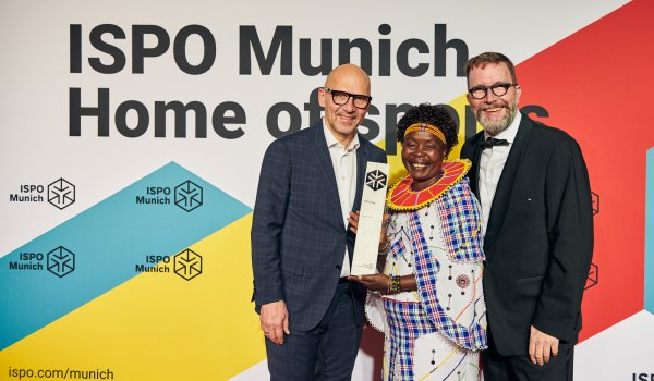 Klaus Dittrich (CEO and Chairman Messe München GmbH), Tegla Loroupe (ISPO Pokal Winner), Jochen Färber (Chief of Lausanne Office Olympic Channel Service)