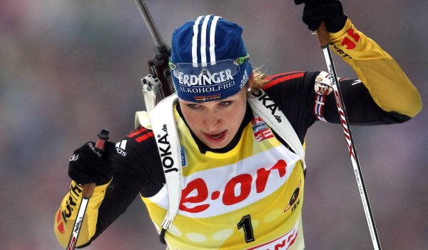 Magdalena Neuner beim Start in der Chiemgau-Arena in Ruhpolding.