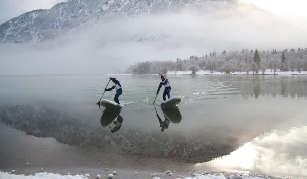As the clouds break open the Stecher-Twins spontaneously take another spin on the lake