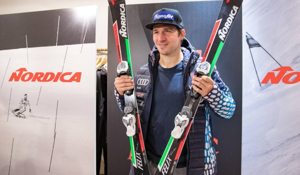 Ski: Nordica Dobermann SL WC Plate (Slalom) and Dobermann GS WC Dept. Plate (giant slalom), each 900 Euro.