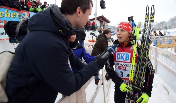 Laura Dahlmeier in an ARD interview: The media's interest is increasing – but the sport is her first priority.