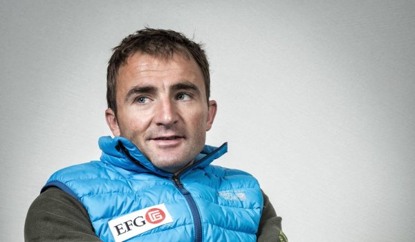"""Swiss Machine"" was how Ueli Steck (1976-2017) was called. The speed climber broke multiple records on challenging routes. From June 5th until the 5th of August, Steck ascended all 82 four-thousanders of the Alps. In 2014 he received the Piole d'Or, after he ascended the Annapurna-South-Wall in 28 hours on his own, according to his own disclosures. In 2017 Steck died during training climbing at Nuptse."
