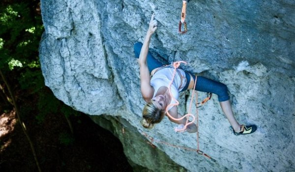 Lena Herrmann's favourite climbing area is the Frankenjura.