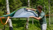 Floating above the ground and enjoying a feeling of weightlessness is now no longer a problem, with the tree tent from Tentsile.