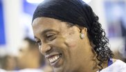 6. Ronaldinho: 43.23 million followers Ronaldinho ended his active soccer career in 2015. His popularity, however, is unbroken - especially in his homeland Brazil. The world star is mainly donating mentions to his most important ex-clubs: FC Barcelona, AC Milan and Flamengo Rio de Janeiro.