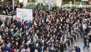 On Sunday morning, the wait was over: Even before the gates to ISPO Munich 2020 opened, hundreds of trade visitors were already waiting at the entrances.