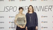 Tanya Bascombe und Catherine Savidge (Generaldirektor European Outdoor Conservation Association)