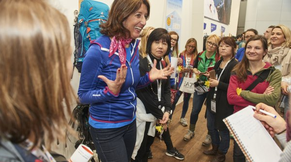 Good mood at the guided tours for women at ISPO Munich