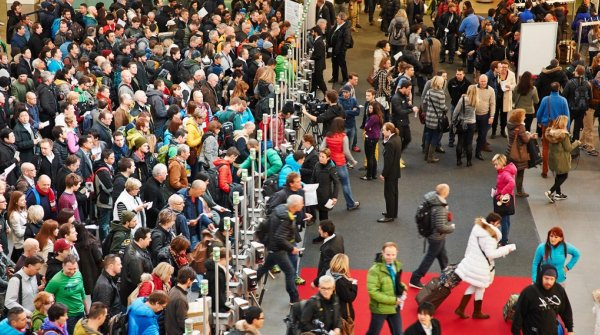 Crowd at the entrance of ISPO Munich.